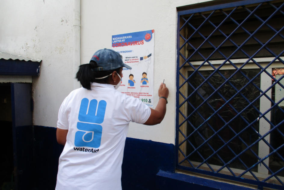 WaterAid Madagascar is conducting a handwashing awareness campaign, providing information and posters are proper handwashing techniques.