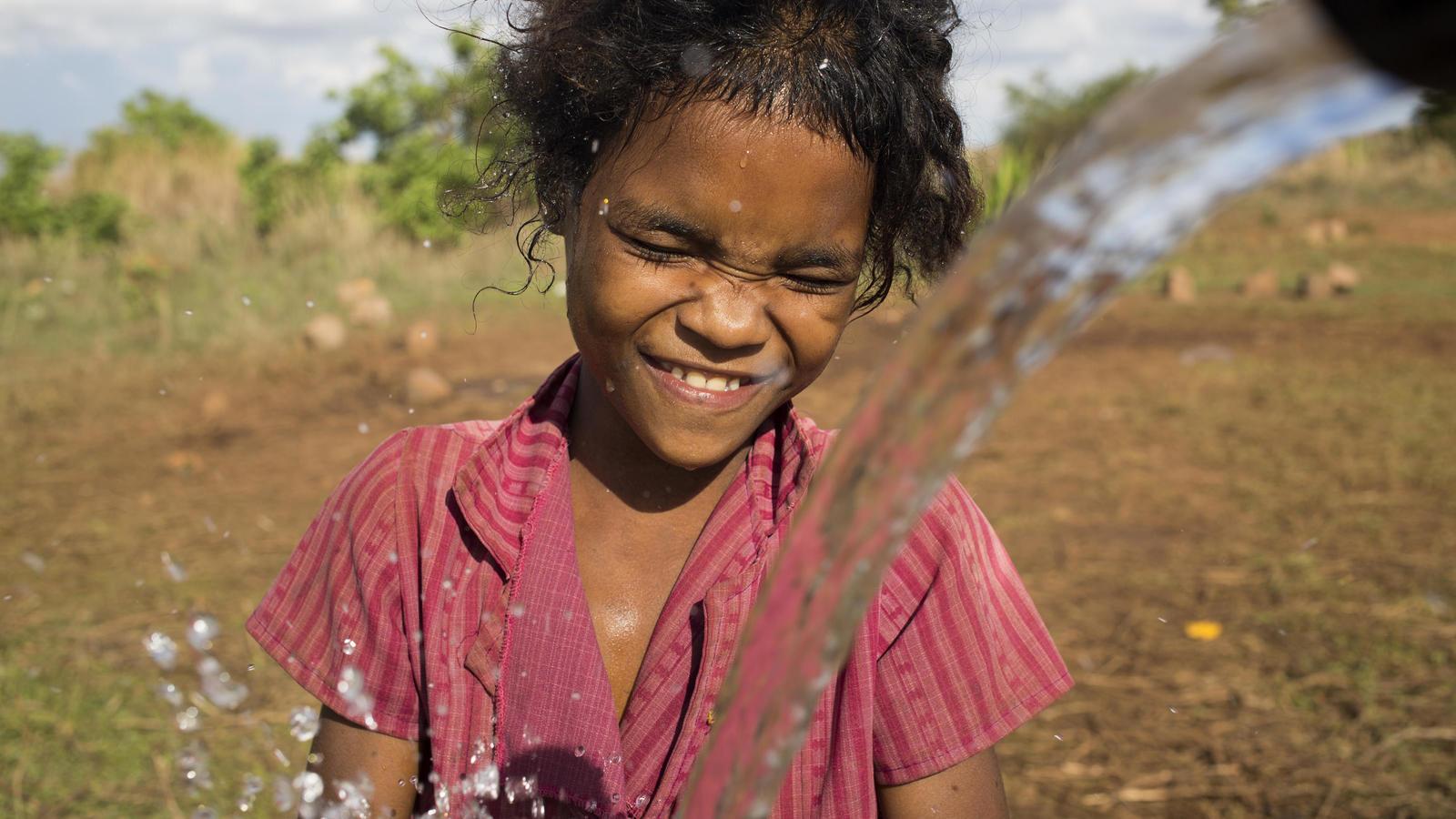 Rent vatten ger langre barn