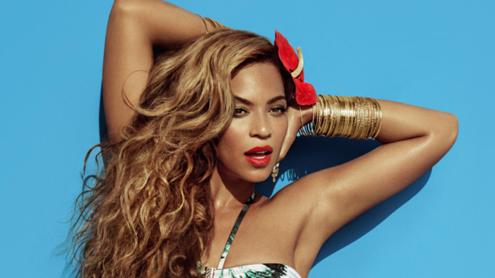 Singer and actress Beyoncé Knowles-Carter models the H&M for Water Collection.