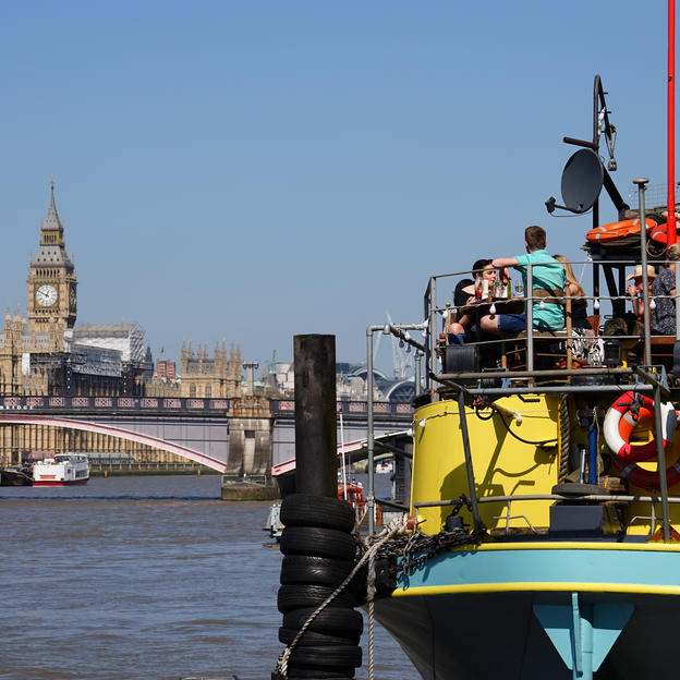 Thamesis Dock, the floating pub on the river Thames