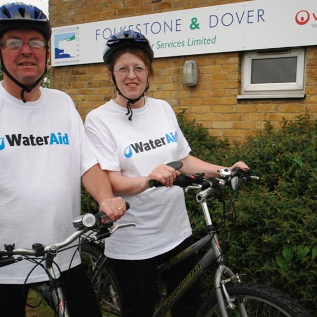 Publicity shot of Sue & Philip Past competing in the Severn Trent Cycle Challenge
